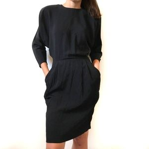 VINTAGE Amazing Batwing Backless Dress w/ Pockets